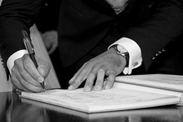 Comment résilier un mandat de vente avec une agence immobilière ?